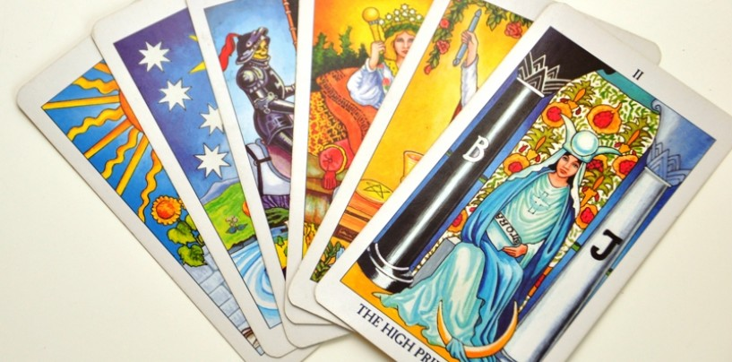 Queering the Tarot: The Six and Eight of Wands