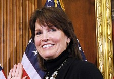 McCollum urges FDA to change ban on gay organ donors