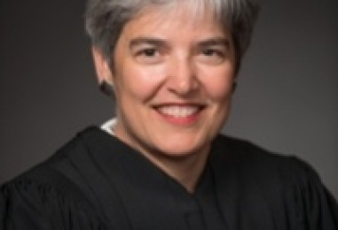 Minnesota papers praise Dayton's pick for Supreme Court